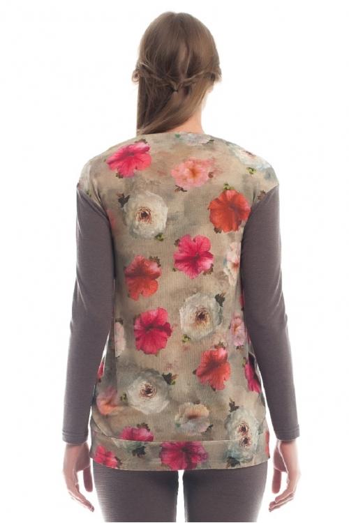 7483.160 Блуза трикотажная прямого силуэта цветочный принт на бежевом