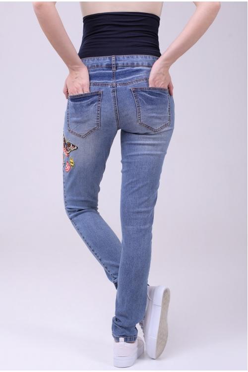 2120.0023 Брюки джинсовые узкого силуэта с вышивкой синий