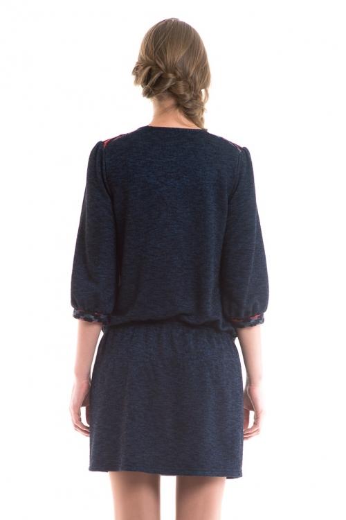 4368.3968 Платье комбинированное прямого силуэта с рукавом 3/4 тёмно-синий меланж+этника клюквенно-синий